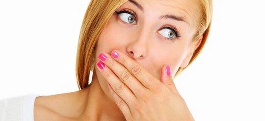 причина запаха изо рта у грудничка