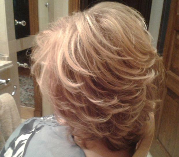 стрижка рапсодия на средние волосы фото сзади